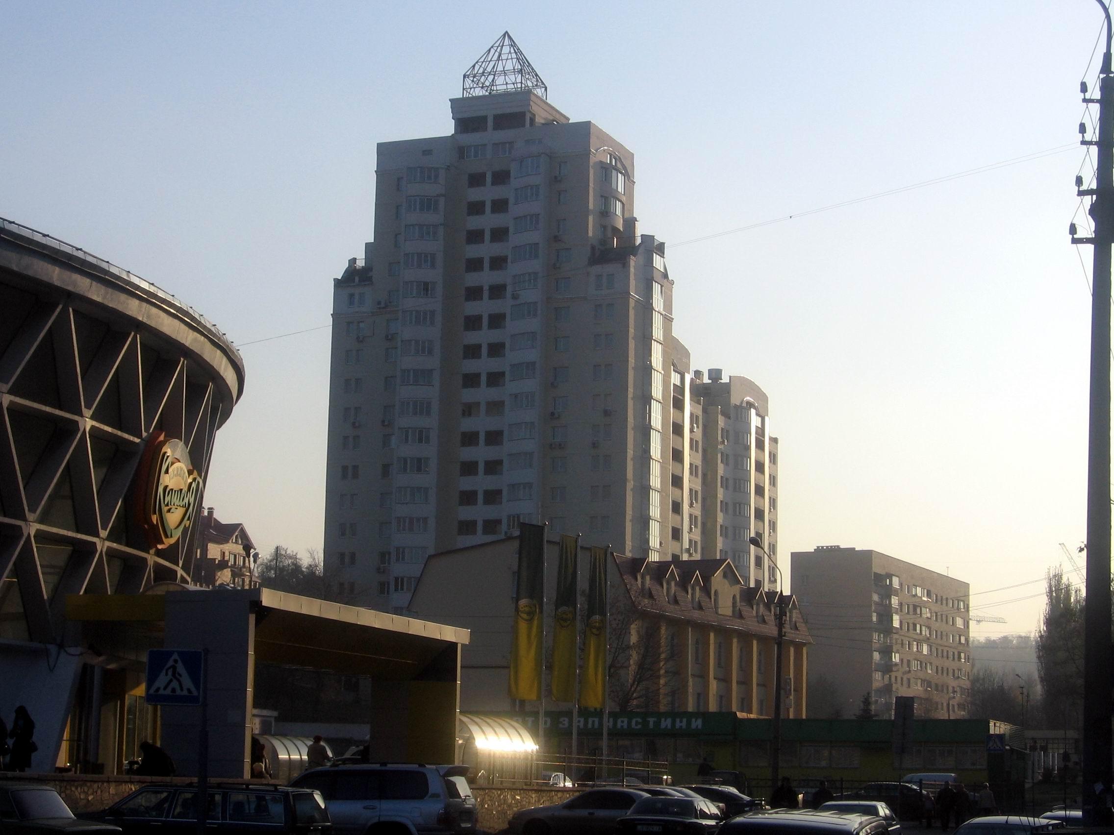 в составе авторского коллектива архитектор Козырев Г.И.