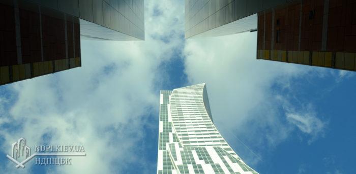 Архитектура - система зданий и сооружений, формирующих пространственную среду для жизни и деятельности людей