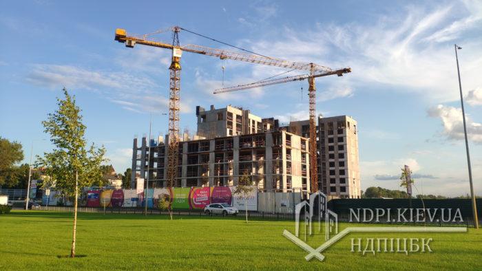 Организация строительства на площадке при возведении многоэтажного жилого дома