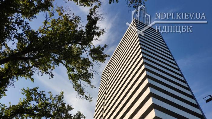 Ввод в эксплуатацию жилого многоэтажного здания на просп. Академика Глушкова в Киеве